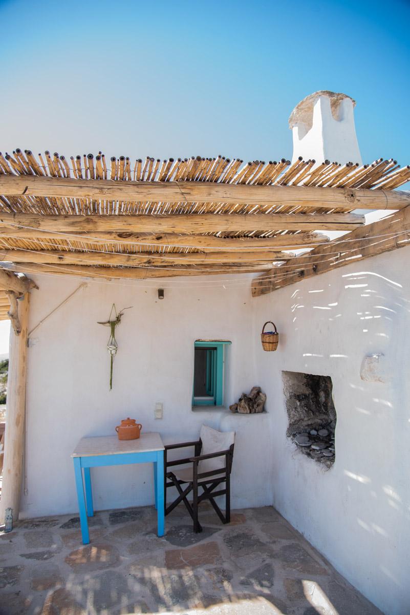 φουρνος-δωμάτια δονουσα- δημητράκης guesthouse- donousa