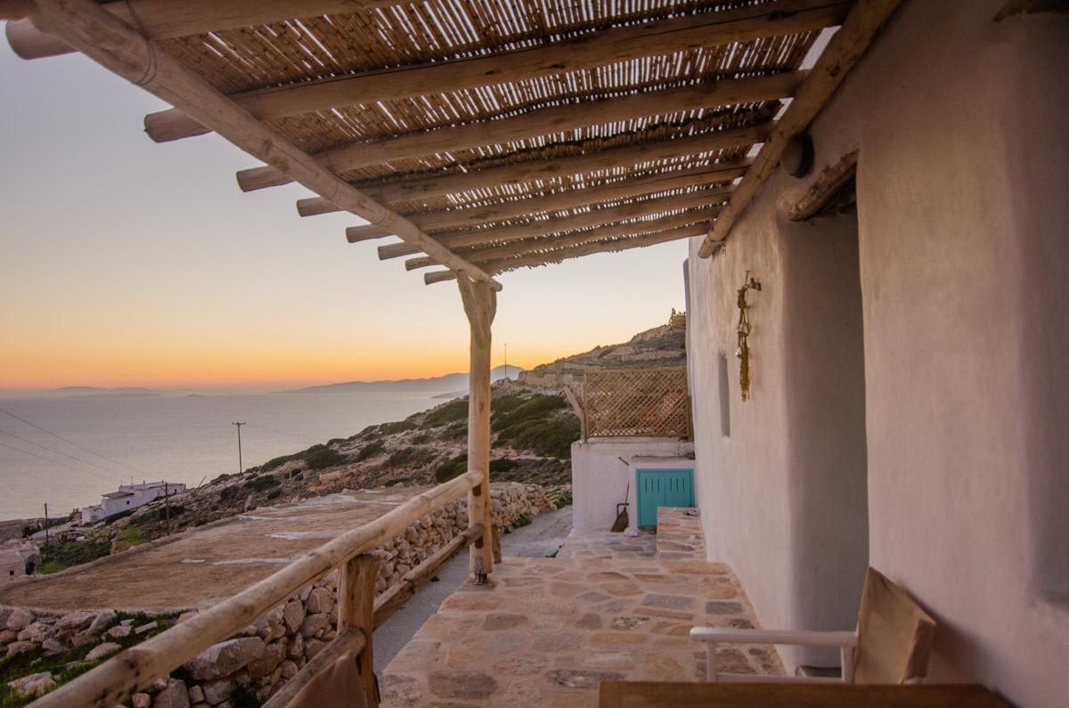 θέα στο γαλάζιο-δωμάτια δονουσα- δημητράκης guesthouse- donousa